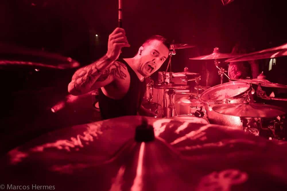 O baterista do Sepultura Eloy Casagrande é um dos melhores do rock na atualidade.