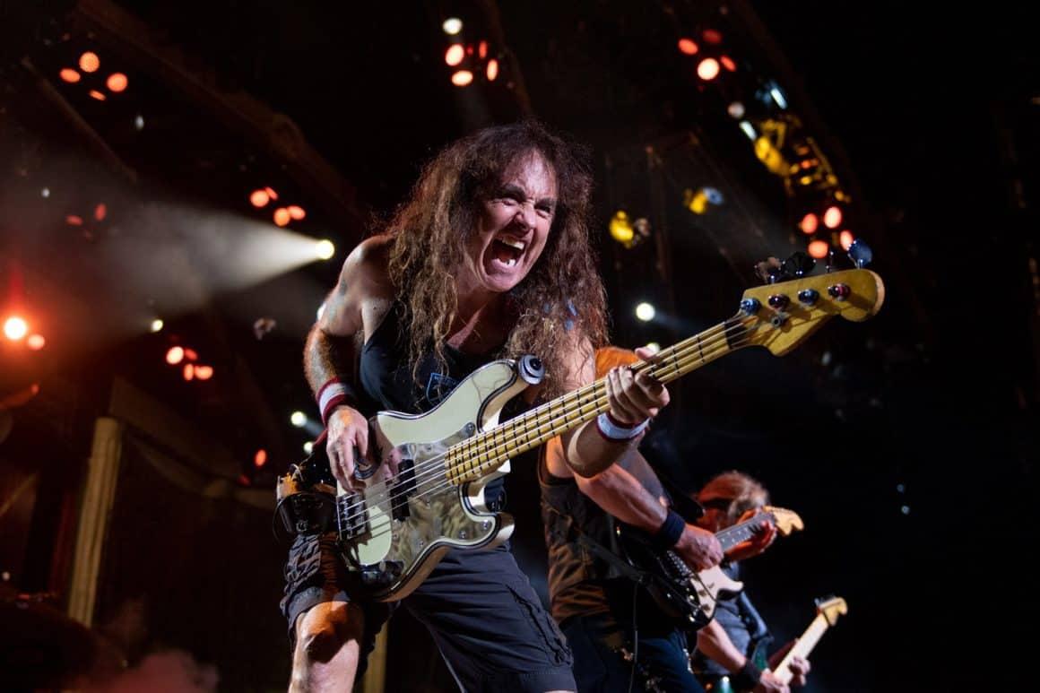 O baixista da banda de heavy metal Iron Maiden Steve Harris é considerado um dos melhores do mundo